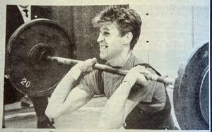 ÖA 9 december 1968. Lasse Solax från Örnsköldsvik svek inte förväntningarna utan knep ett norrlandsmästerskap i tyngdlyftning vid tävlingarna i Sundsvall.