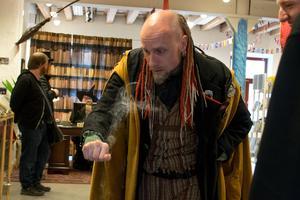 Två guldmedaljer blev det för Arkadia under helgens trolleri-SM i Uppsala.