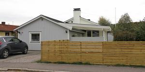 Talgoxvägen 13 i Köping har bytt ägare för 2 400 000 kronor.