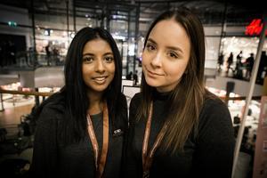 Från vänster i bild: Beulah Falkeström och Linn Engblom från Falun. UF-företag: Consilio. Gör: Hjälper företag med marknadsföring som fotografering, logotyper och broschyrer.
