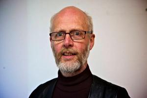 Enda hotet mot Grängesbadet är väl konditionen på anläggningen, säger Sten G Johansson (V), ordförande i kultur- och fritidsnämnden.Foto: Claes Söderberg/Arkiv