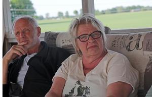 Ingalill Esping bodde  tidigare i mjölnarbostaden invid Kånsta kvarn. Hon berättar att de haft sommarcafé och andra evenemang där, något de hade hoppats få hjälp av kommunen att fortsätta med. Per Egemar tillhör också en av dem som varit engagerade i kvarnens bevarande.
