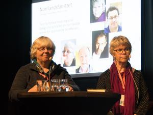 Monica Grönlund skriver i Härjedalsmiljö och har gett ut två deckare; Annika Sjögren förlägger sina pryskologiska thrillers till Härnösand och är gruppens veteran; hon har skrivit i elva år.