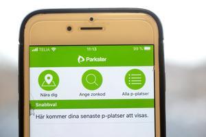 Parkster tar ut en avgift på 29 kronor för de som väljer att betala med faktura. Betalning via app och SMS är gratis.