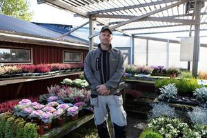 Erfarne trädgårdsmästaren Michael Åhsberg ger tips och råd om hur du förbereder dina växter inför den stundande vintern.