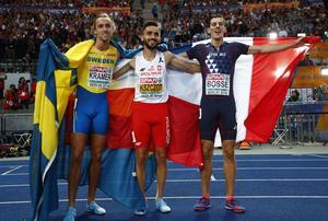 Så här såg det ut efter EM-silvret i Berlin. Polacken Adam Kszczot vann guldet med fransosen Pierre-Ambroise Bosse på bronsplats.  Bild: Matthias Schrader/AP