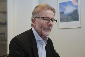 Staffan Bruzelius (M) har ingen förståelse för de argument Morhagens ägare har presenterat.