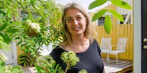 För att lära sig mer om blommor och växter startade Kerstin Stickler Facebook-gruppen