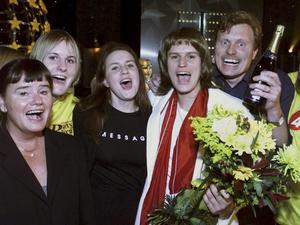 1999. Johan Eriksson vann Sikta Mot Stjärnorna som Ted Gärdestad.  Foto: Claudio Bresciani/SCANPIX