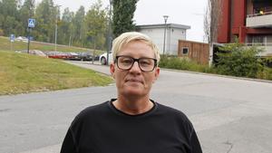 Lotta Lund, 45 år, kafébiträde, Timrå.