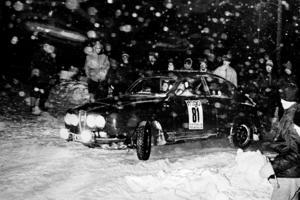 Bild: Privat I januari 1967, Roslagsvalsen, körde Leif ochj Lisbeth deras första rallytävling.