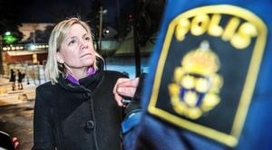Finansminister Magdalena Andersson (S) har kraftigt skärpt sin retorik i frågor om flyktingar och tiggare. Foto: Tomas Oneborg/TT
