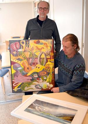 Jorma Naula och Dan Eriksson tillhör utställarna.