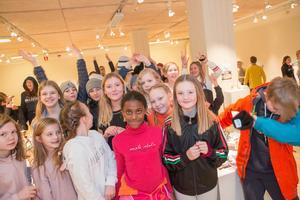 Många elever var på plats i konsthallen under fredagen.