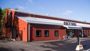 Christer Filipsson (DiN) skriver i insändaren att bygget av Frida Hansdotter Arena bidrar till att besparingar nu görs i skolan.