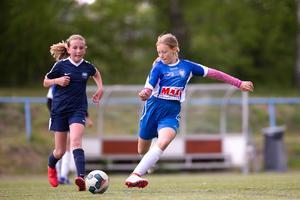 Tjejfotbollen växer inom NIF. Här laget flickor -07. Foto: Fredrik Lundberg