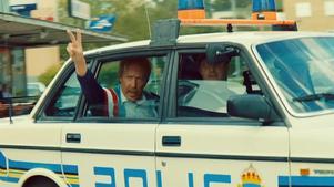 Mikael Persbrandt som Hasse P i Tårtgeneralen. Foto: SF Studios