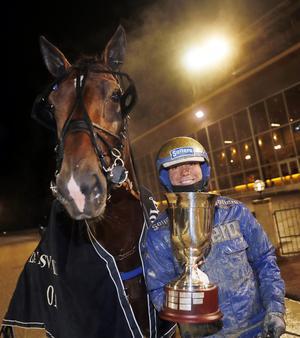 Aramis Bar och Björn Goop vann på Rommetravet under fredagskvällen. Foto: Micke Gustafsson/Foto-Mike