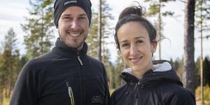 Anders Wängefors och Azra Avdic räknar med att deras hus ska stå färdigt vintern 2020.