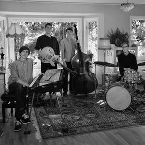 Agnas Bros har just släppt sitt tredje album. Nu bjuder kvartetten på jazz i Sockenstugan, Siljansnäs. Foto: Privat