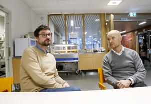 Johan Jonsson är intendent på Jämtlands gymnasieförbund och han samarbetar med Anders Burman, sektorchef för Östersunds kommuns måltidsservice.