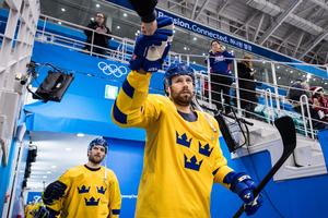 Dick Axelsson fick en känning under matchen. Carl Klingberg tog FBK-spelarens plats. Foto: Petter Arvidson / BILDBYRN