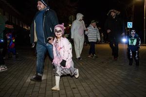 För femte året i rad arrangerades Halloweenloppet i Hofors centrum under torsdagskvällen. Barn i olika åldrar dök upp för att delta och många var utspökade från topp till tå.