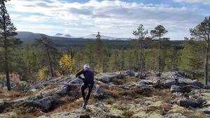 Joakim Svensk testar terrängen i Råndalen. Foto: Privat