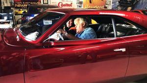 TV-kändisen  Jay Leno fick bekanta sig med superbilen från Sverige när den presenterades i programmet Jay Leno's garage  i USA