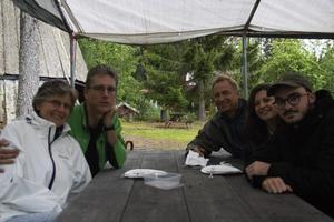 Rainer Santi, Elisabeth Santi, Mårten Ternborch, Sara TernBorch och Valentin Monod kommer från Schweiz och älskar kolbullarna.