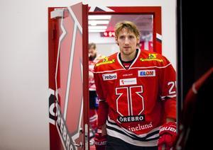 Anton Hedman har klivit ut från Örebros omklädningsrum för sista gången. Nu lämnar han klubben. Bild: Johan Bernström/Bildbyrån