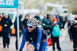 De två tävlingsdagarna i Yorkshire fredag/lördag förra veckan var brutala för cyklisterna med hagelskurar, några få plusgrader och hård kantvind. Foto: Thomas Maheux