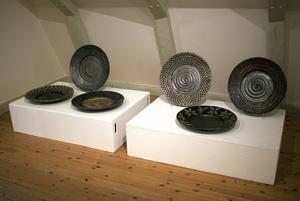 Lena Svenssons keramikverk i utställningen