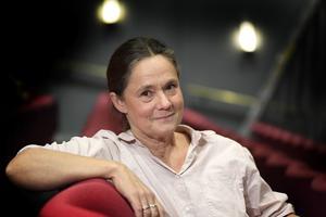 Pernilla August spelar Britt-Marie i