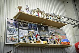 Många fina priser och pokaler har det blivit för Marlen Grönlunds stylade bilar.