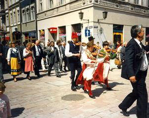 En delegation från Älvdalen besökte Polen och Toruń när gågatan invigdes.