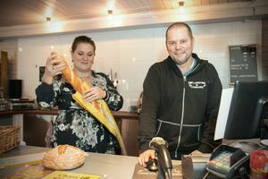 Snart färdigbakat. Butiken på Torö lägger ner sitt eget bageri efter den 17 november.