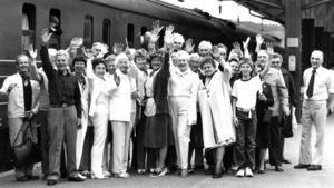 1983 åkte ett 40-tal medlemmar av Alsenringen till USA för att visa upp jämtländskt hantverk och musikkultur. ÖP vinkade av på stationen och under en månads tid fick ÖP telefonrapporter med jämna mellanrum om turnén.