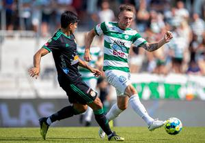 Filip Tronet har klarat sig utan större skador den här säsongen och varit VSK:s främsta vapen offensivt. Med Petar Petrovic har laget fått en starkt hot även till vänster.