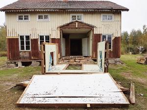 Det gamla burspråket hade gjort sitt. Familjen valde att bygga ut huset med cirka 50 kvadratmeter.
