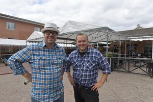 Niklas Nouvel och Torbjörn Wallin håller i det mesta inför den 18:e upplagan av Älvdalens musik och motorfestival.
