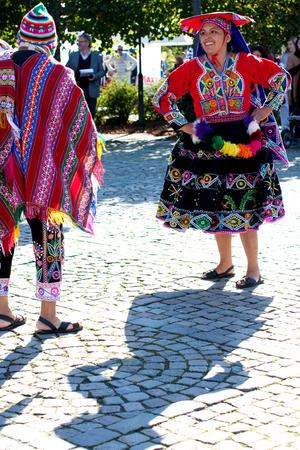 Kulturnatten bjöd på många intryck, dessa dansare från Peru var ett färgstarkt inslag!