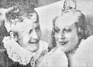 Vårgreven Jan Larsson fick sin vårprinsessa Marie Åhlström vid 1971 års vårspel i Sjöängen i Eksjö.