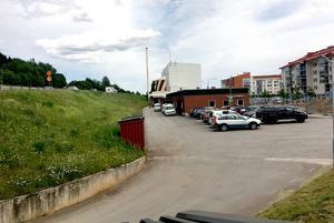 Det nya parkeringshuset får omkring 250 platser enligt kommunens planer.