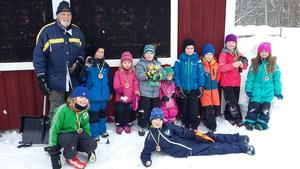 Alla segrare med tävlingsledare John Erik Eggens(foto: Anna Sannervik)