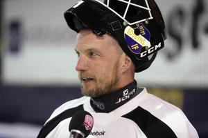 Anders Svensson är fortfarande kontraktslös, och målvaktsfrågan är det som är mest intressant hos mästaren just nu.