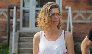 Sophia Malm är en av föräldrarna som kritiserar skolledningen för att de inte lyckats rekrytera tillräckligt med behöriga lärare.
