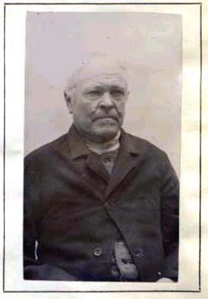 Fotografen L A M Nordström i Hudiksvall hamnade senare på Långholmens fängelse för sedelförfalskning.