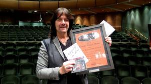 Det är fem år sedan Rhapsody In Rock gjorde en större turné senast. Robert Wells har de senaste åren spelat mycket i framför allt Kina och Ryssland - även med mindre band på omkring 20 personer.
