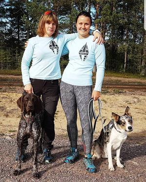 Annica Korsby och Johanna Kempe är två av Team Vuajas medlemmar. Foto: Privat